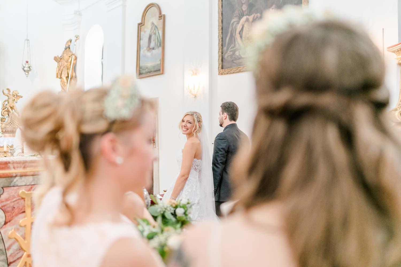 Hochzeitsauszug Kirche heiraten Stranddomizil Wien Hochzeitsfotograf