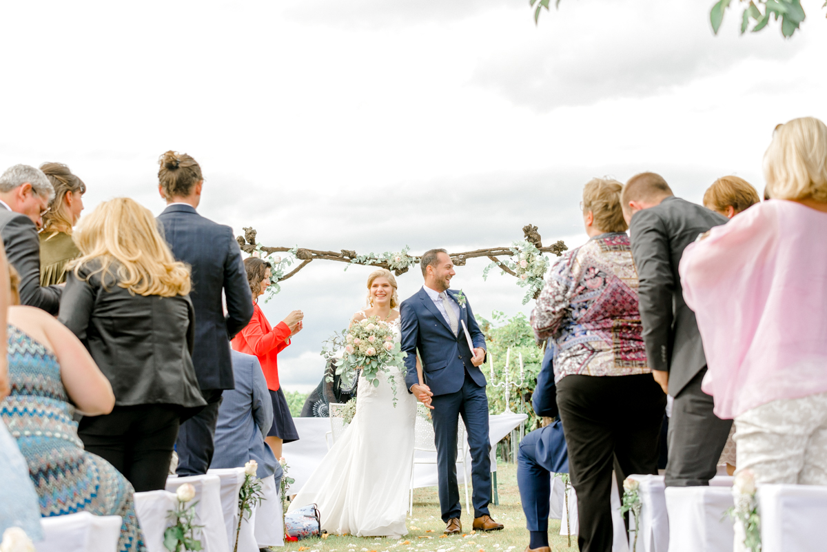 Mödling Hochzeitsfotograf Wien heiraten Niederösterreich Schmankerlheuriger freie Trauung Hochzeit in den Weinbergen Niederösterreich
