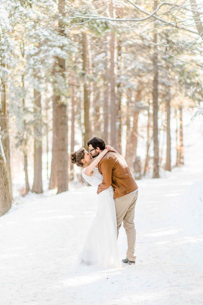 Denise_Kerstin_Moedling_Hochzeitsfotograf_Wien_heiraten_Moedling_Hochzeitsfotos_Winterhochzeit_Schnee-heiraten_Afer-Wedding-Schnee_ 01