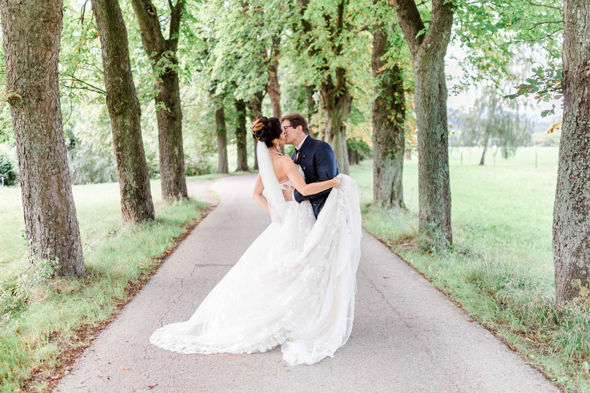 Kirchliche Hochzeit vor der Hochzeitsfeier in der Hochzeitslocation Fontana Hochzeitsfotograf Niederösterreich Hochzeitsfotograf Wien Mödling Brautpaarfotos