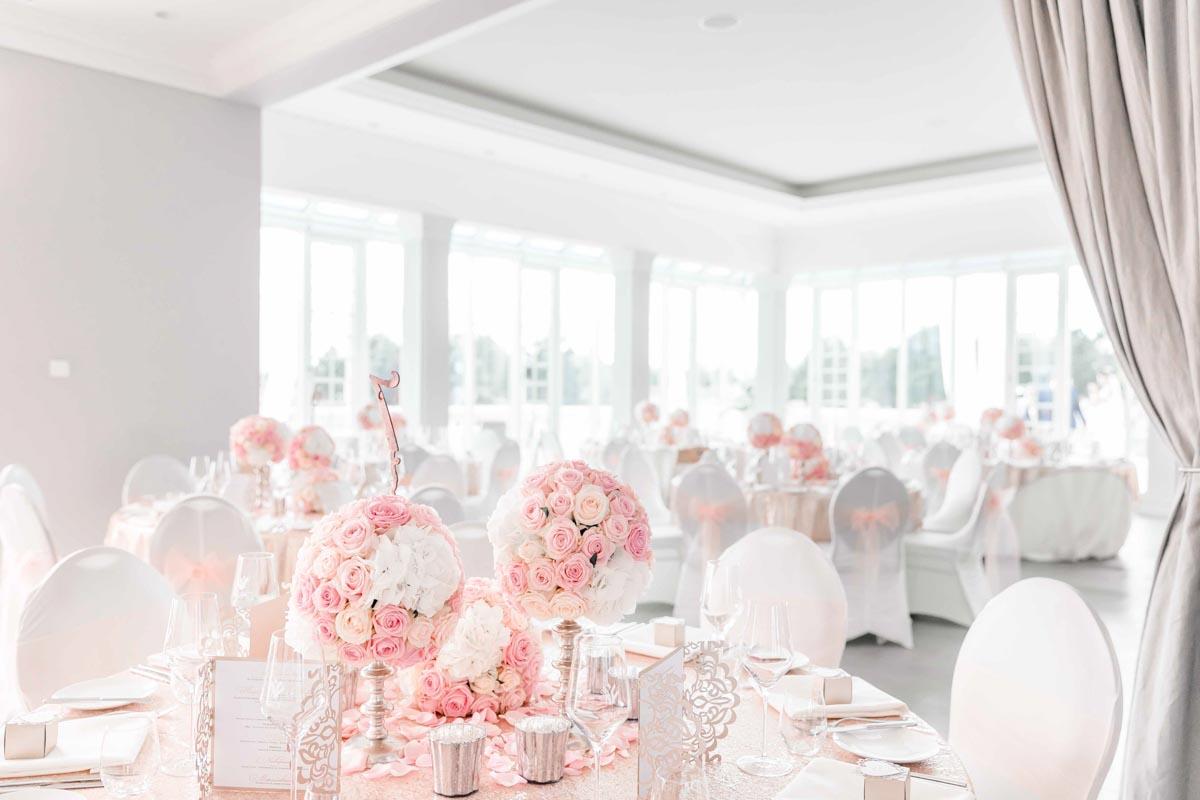 Heiraten Hochzeitslocation Fontana Hochzeitsfotograf Niederösterreich Hochzeitsfotograf Wien Mödling Tischdekoration Hochzeit