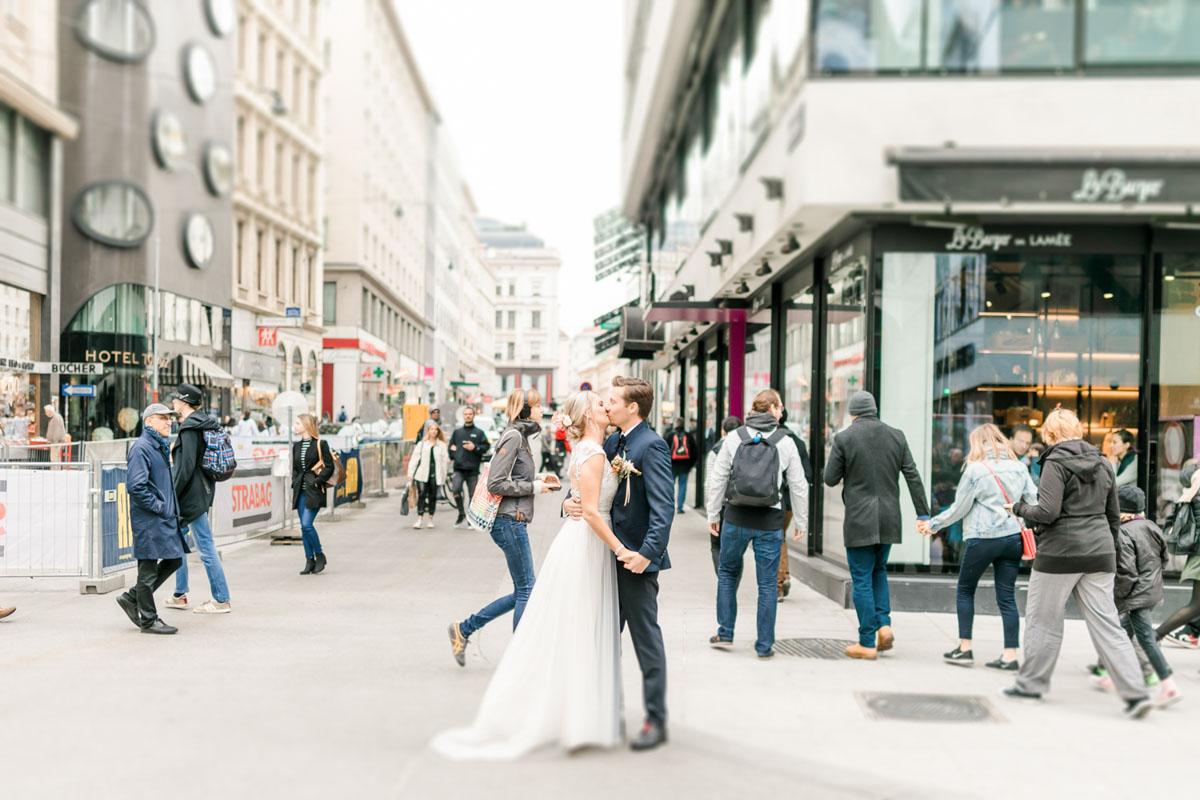 Wien Innenstadt Hochzeitsfotos Hochzeit Weingut Reisenberg heiraten outdoorwedding im Freien heiraten in Wien